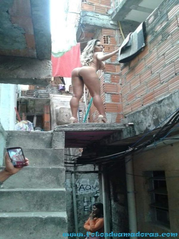 Mulher Melão Pelada 16