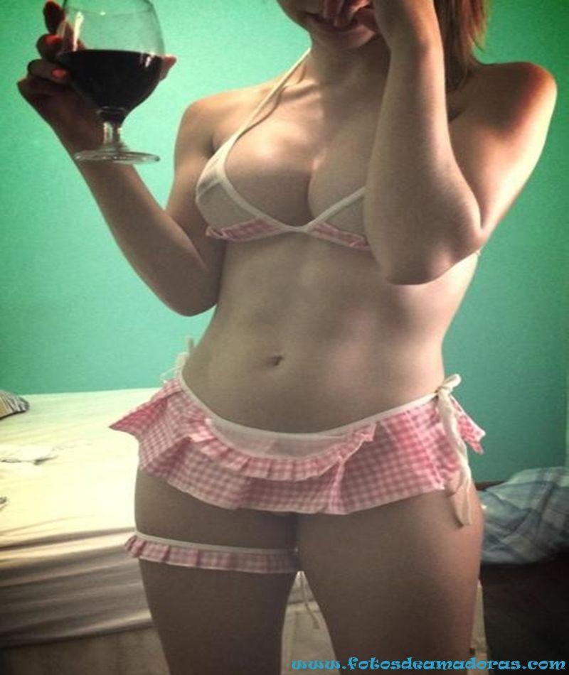 Novinha Envia Nudes 2