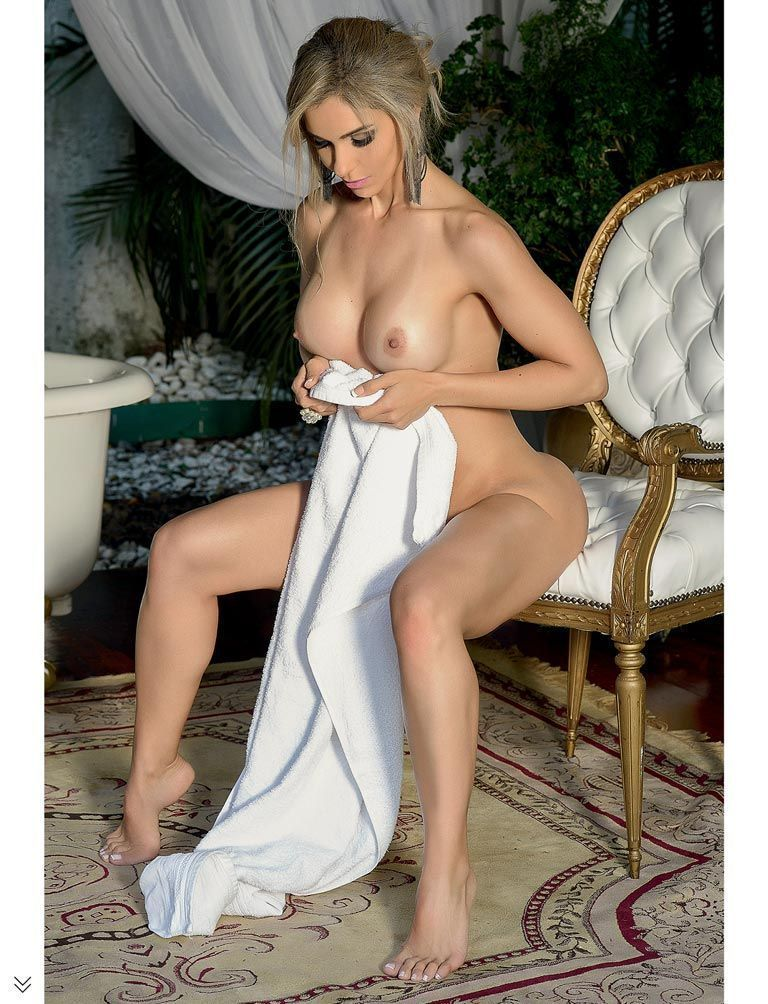 revista-sexy-fernanda-martinelli-pelada-28