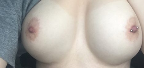 Fotos de peitos gostosos com amadoras peladas afim de sexo