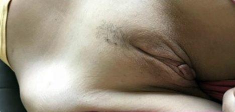 Fotos amadora magrinha pelada exibe peitos e xoxotinha