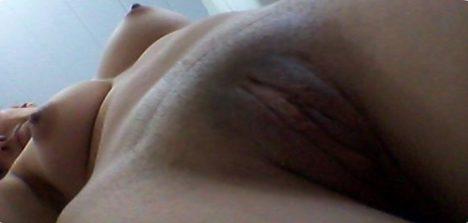 Fotos caseiras Amanda putinha de peitos lindos e buceta grande