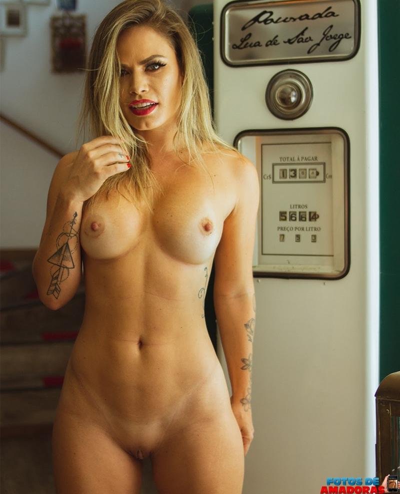 Natalia Casassola pelada 10