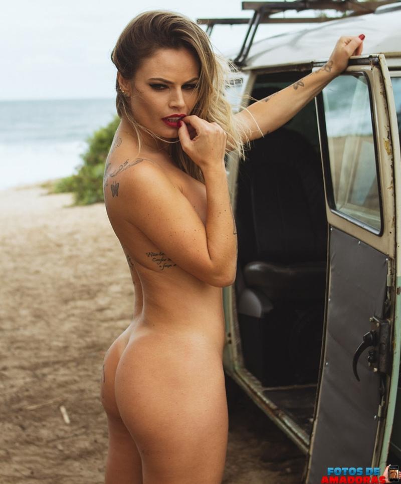Natalia Casassola pelada 26