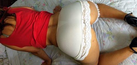 Esposa coroa oferecida vaza fotos amadoras pelada na cama