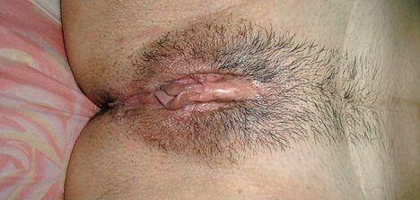 Fotos íntimas com vizinha gostosa de buceta peludinha